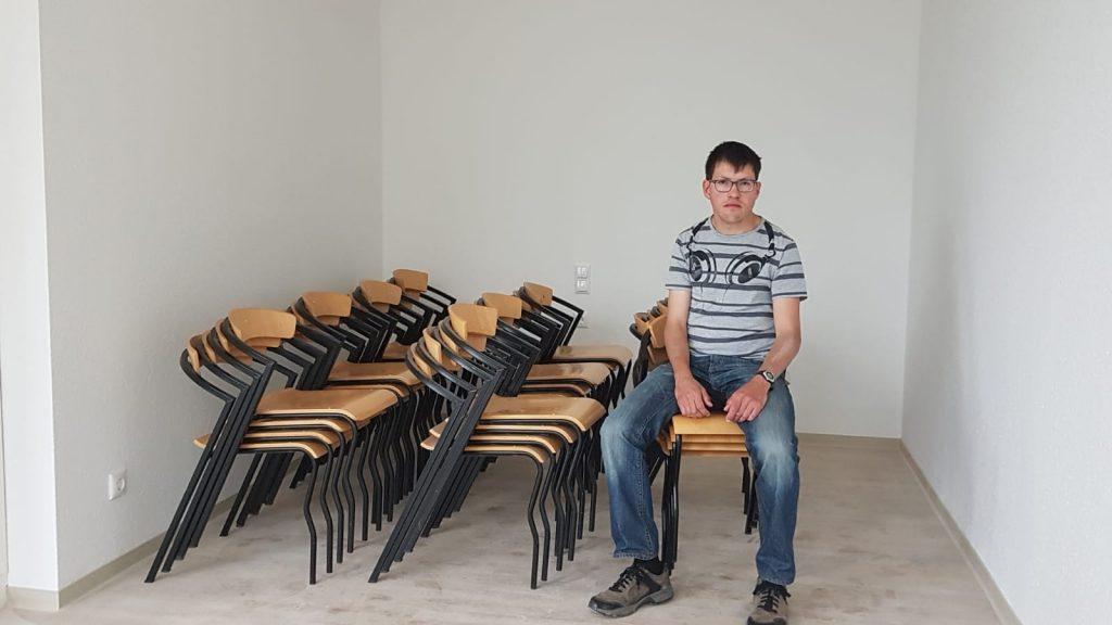 30-05-2020 Christian Söder Stühle Gemeinschaftsraum